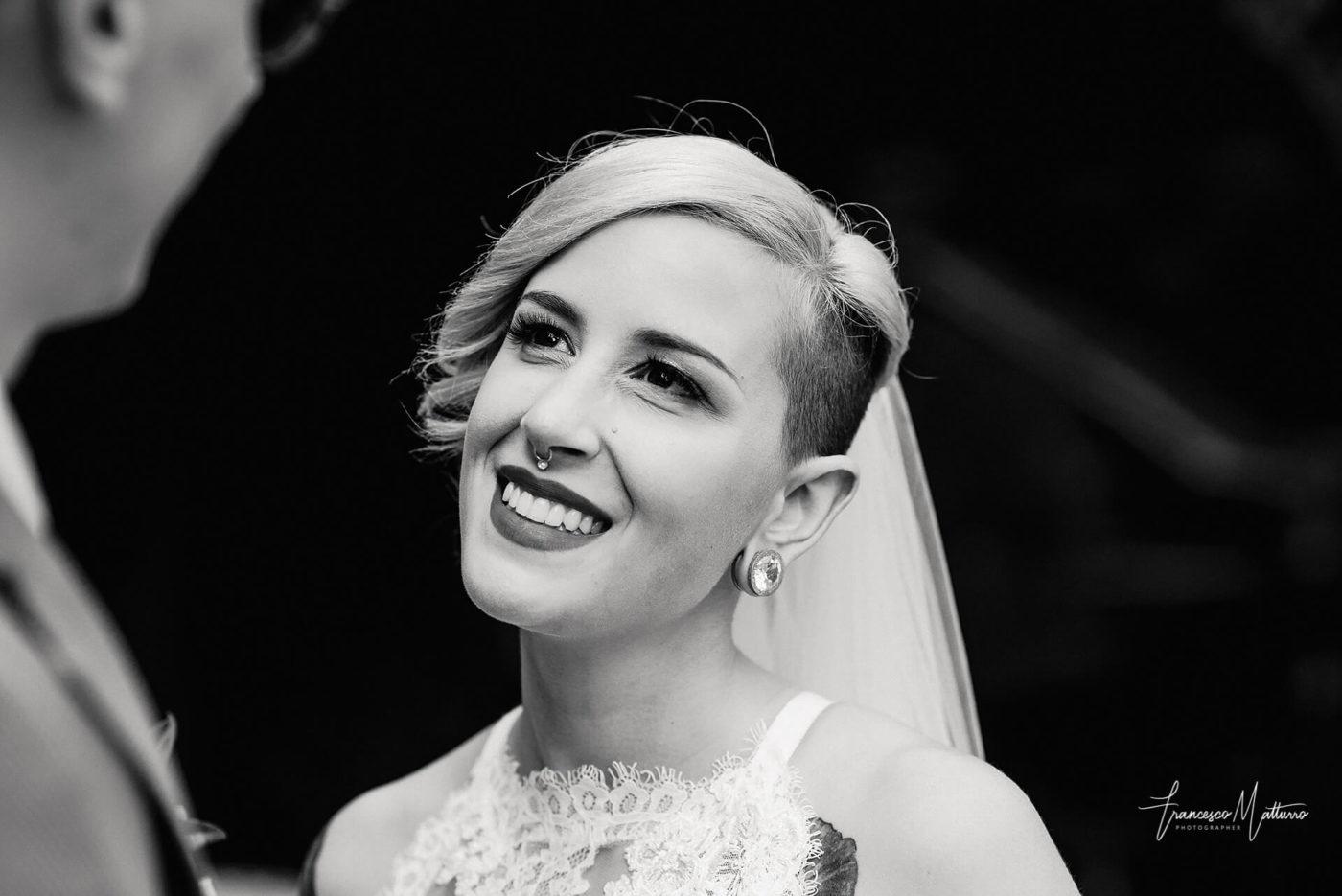 fotografia di una sposa al castello rosso di costigliole saluzzo di Francesco Matturro