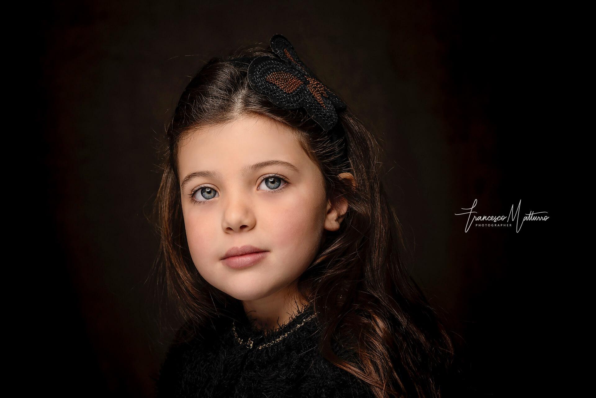 Ritratto fotografico di una bambina con la tecnica fine art in studio ad Asti di Francesco Matturro